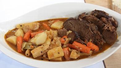 PHOTO: Emeril's simple pot roast recipe is shown here.