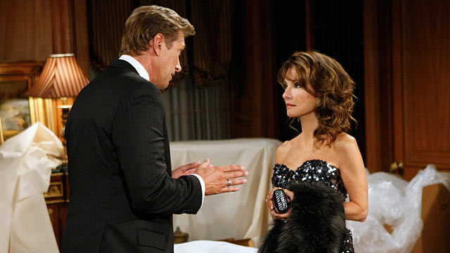 """PHOTO: The final episode of ABC Daytime's """"All My Children"""" taped on Aug. 30, 2011 airing, Sept. 23, 2011 on the ABC Television Network."""