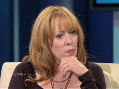VIDEO: Mackenzie Phillips talks to Oprah about being raped by her father.