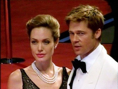 VIDEO: An unnamed source claims that rumors of Brad Pitt and Aneglina Jolies breakup are untrue.