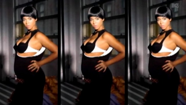 VIDEO: Singer shows off pregnancy in latest music video.