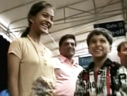 Video: Slumdog kids travel to America.