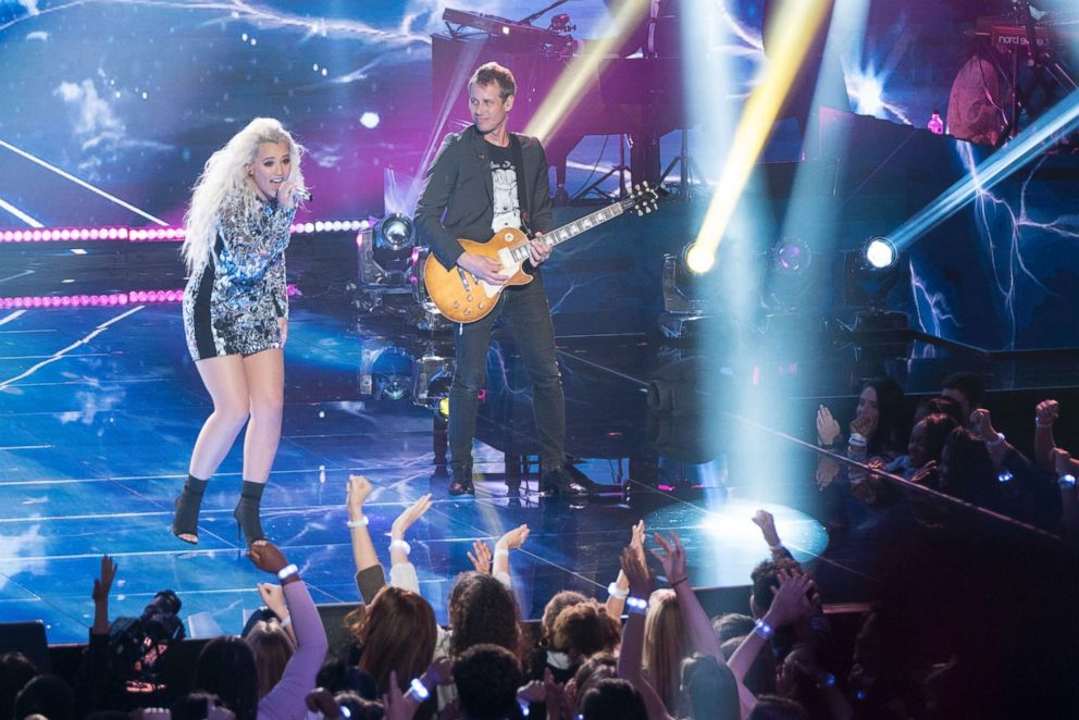 A Fairytale End To The 16th Season of American Idol