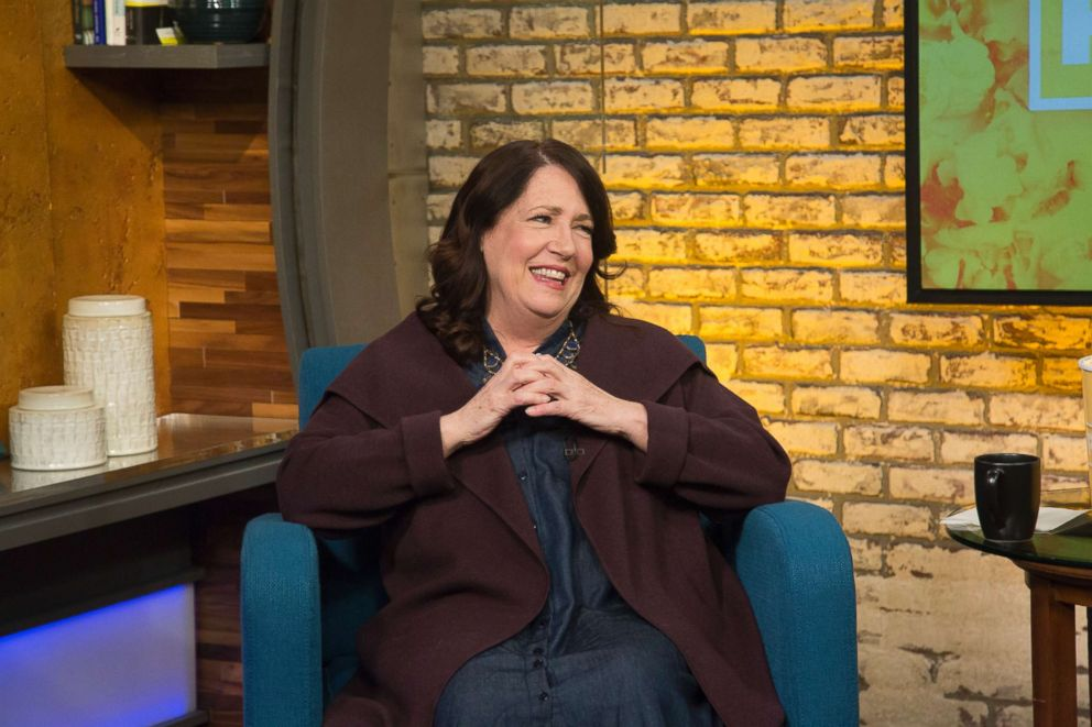 PHOTO: Ann Dowd appears on ABC News Popcorn With Peter Travers to discuss her career and Hulus The Handmaids Tale.