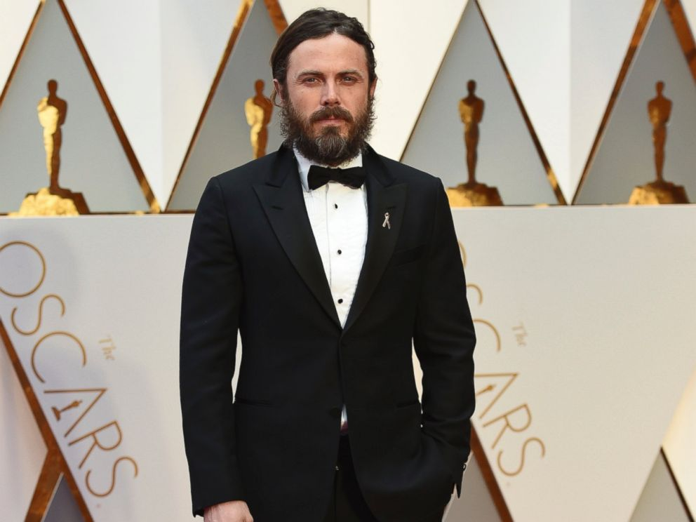 PHOTO: Casey Affleck arrives at the Oscars, Feb. 26, 2017, in Hollywood, Calif.