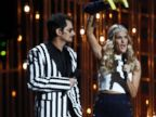 PHOTO: Brad Paisley, left, and Carrie Underwood appear onstage at the 47th annual CMA Awards at Bridgestone Arena on Wednesday, Nov. 6, 2013, in Nashville, Tenn.