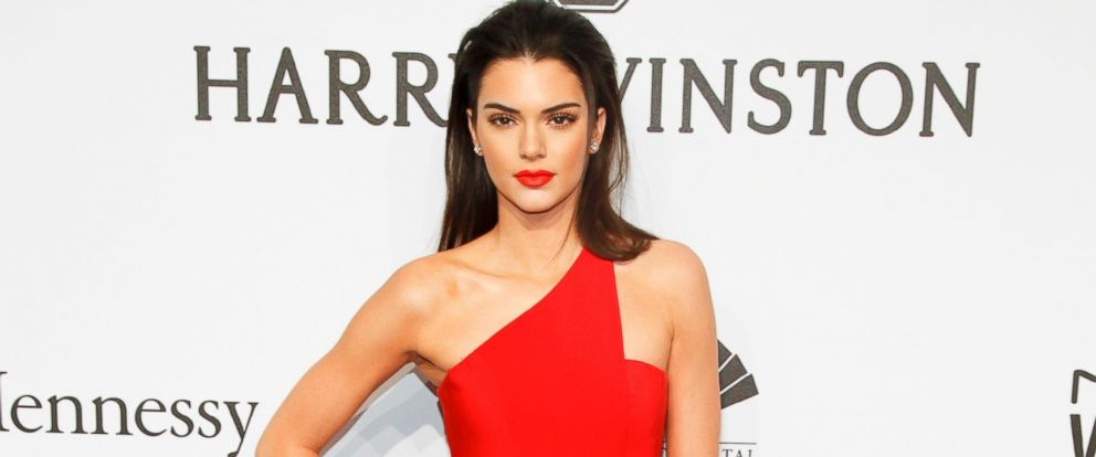 PHOTO: Kendall Jenner attends amfARs Annual New York Honors Gala, Feb. 11, 2015, in New York City.