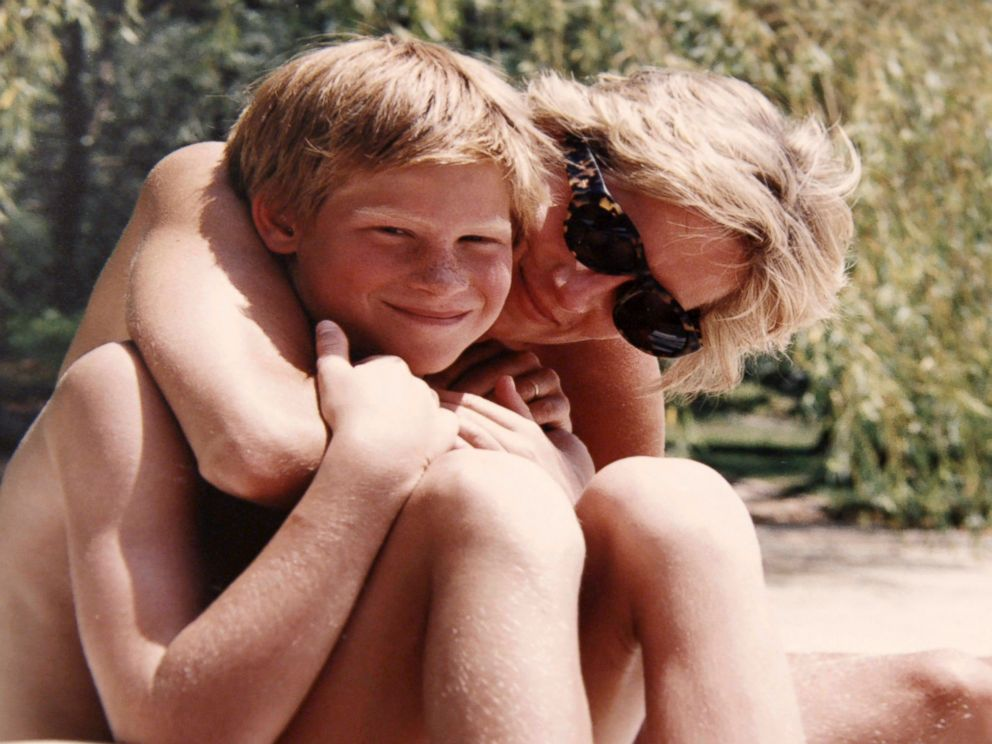 PHOTO: In this photo made available by Kensington Palace from the personal photo album of the late Diana, Princess of Wales, shows the princess and Prince Harry on holiday, and features in the new ITV documentary Diana, Our Mother: Her Life and Legacy.