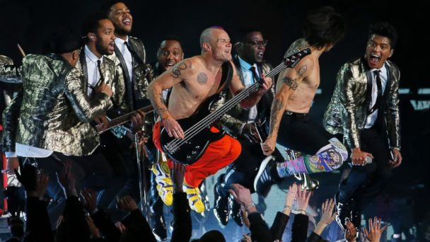 PHOTO: The Red Hot Chili Peppers and Bruno Mars perform during the halftime show of the NFL Super Bowl XLVIII football game between the Seattle Seahawks and the Denver Broncos on Feb. 2, 2014, in East Rutherford, N.J.