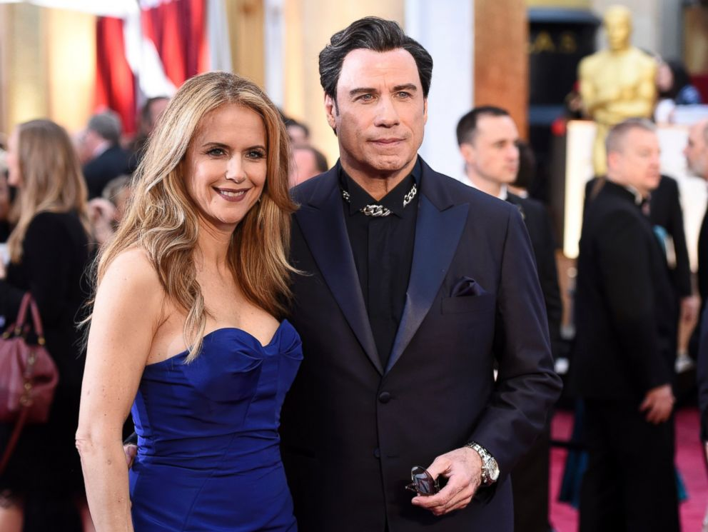 PHOTO: More male celebrities, including John Travolta, are following the manscara trend.