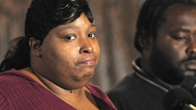 PHOTO: Julia Hudson, sister of actress Jennifer Hudson and Greg King, plead for the safe return of their son, Julian King.
