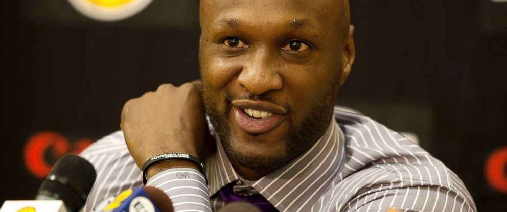 PHOTO: In this July 31, 2009, file photo, Los Angeles Lakers Lamar Odom speaks to the media during a news conference in El Segundo, Calif.