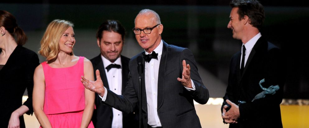 PHOTO: Michael Keaton, center, accepts the award for outstanding performance by a cast in a motion picture for ?Birdman? at the 21st annual Screen Actors Guild Awards at the Shrine Auditorium on Sunday, Jan. 25, 2015, in Los Angeles.