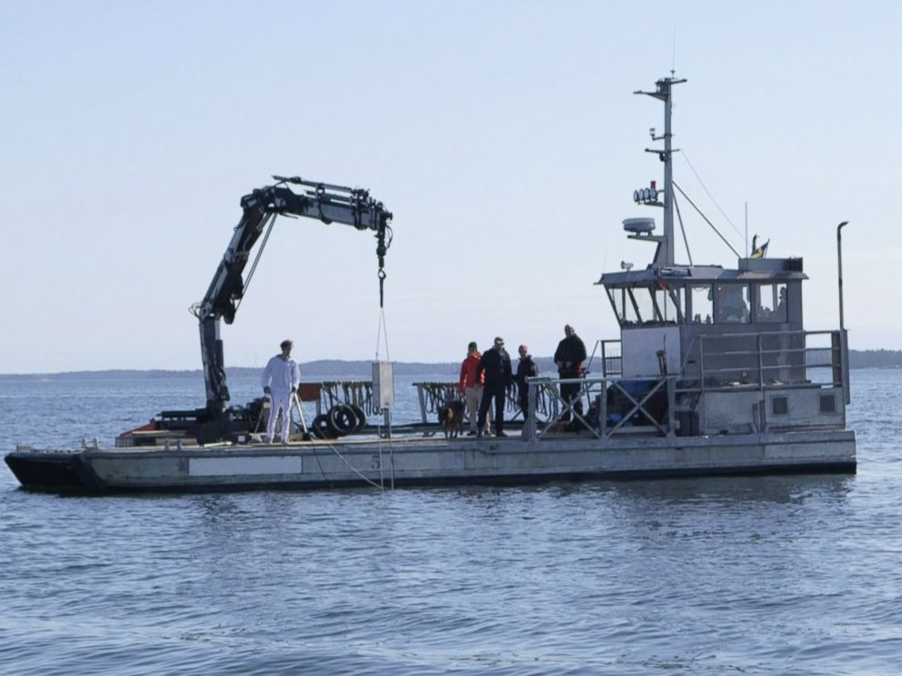 PHOTO:An underwater defense device, a gay-themed sonar system, is lowered into the water in the archipelago, April 27, 2015, outside Stockholm, Sweden.