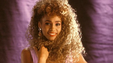 PHOTO: Whitney Houston poses for a portrait session, March 1, 1987.