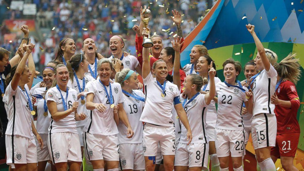 714cf85e610 Stars Celebrate US Women s World Cup Victory - ABC News