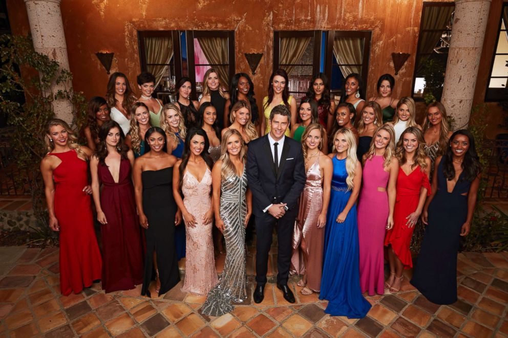 PHOTO: Arie Luyendyk Jr. and the season 22 contestants of The Bachelor.