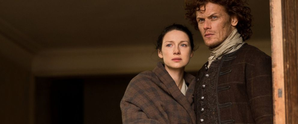 """PHOTO: Caitriona Balfe and Sam Heughan in a scene from """"Outlander,"""" 2014."""