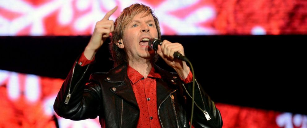 PHOTO: Beck performs onstage during KROQs Almost Acoustic Christmas at The Forum, Dec. 11, 2016, in Inglewood, Calif.