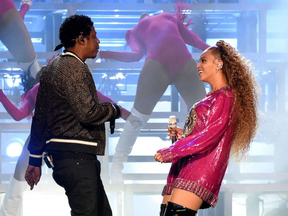 Beyonce and Jay-Z reveal new photos of their twins on tour