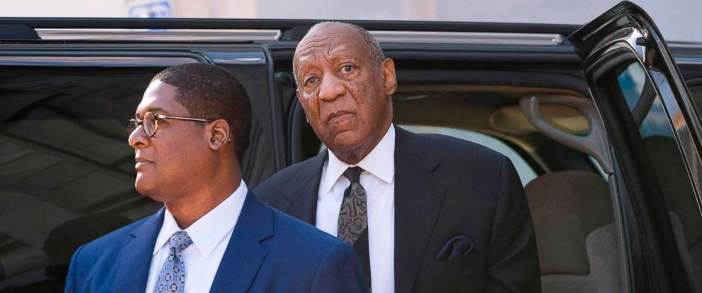 PHOTO: Bill Cosby pauses to listen to a heckler, as he arrives at the Montgomery County Courthouse March 6, 2018 in Norristown, Pa.