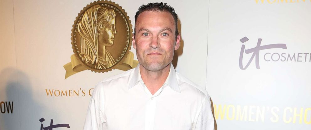 brian austin green defends 4 year old son s wearing dresses and wigs