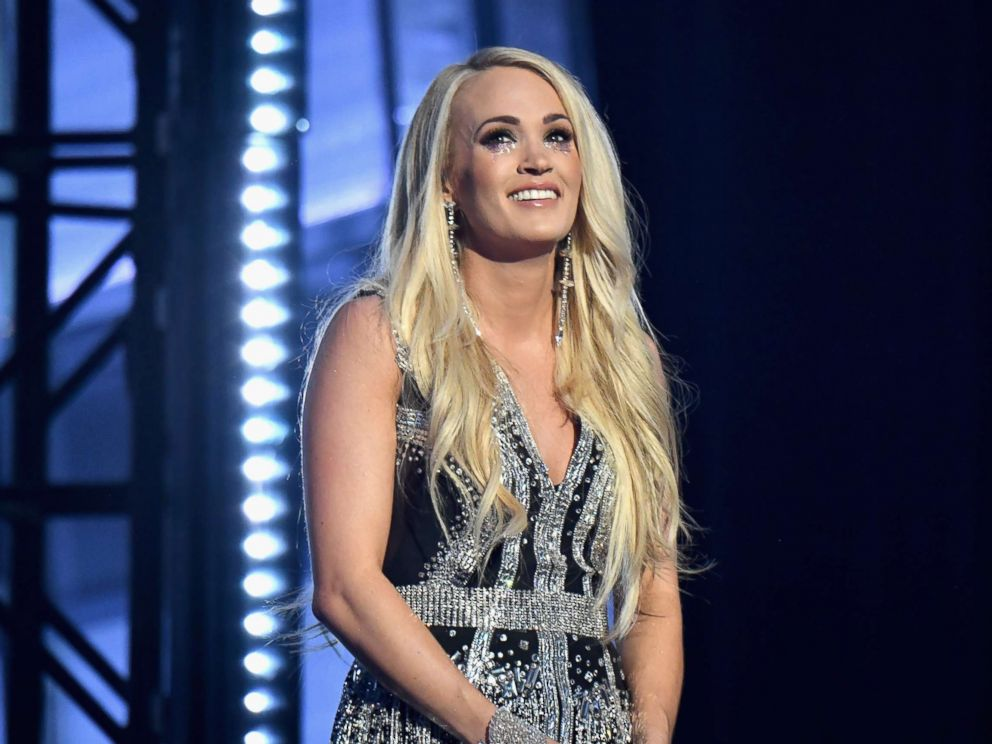 Carrie Underwood reveals details about horrific fall and face damage