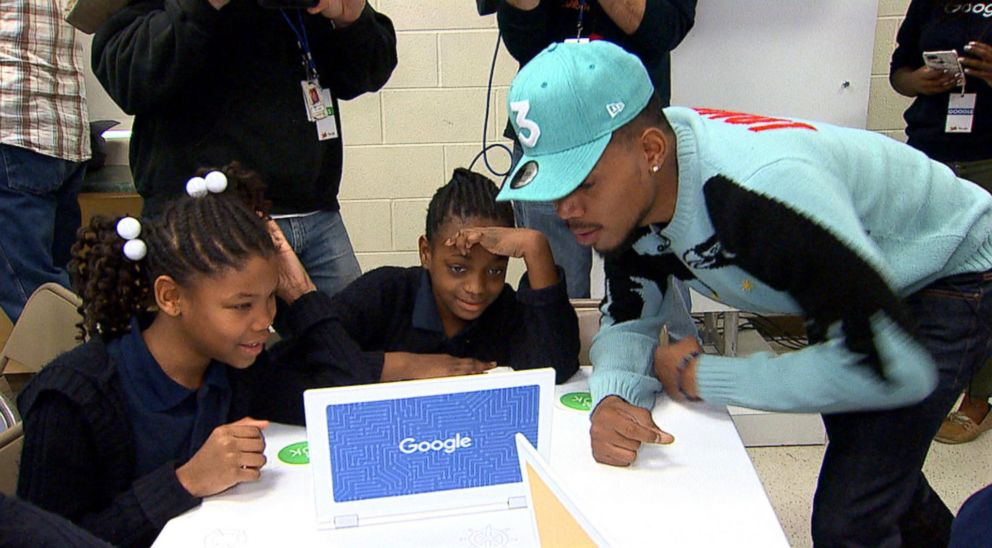 Chance the Rapper surprised a fifth grade class in Chicago to teach them about the importance of technology and coding.