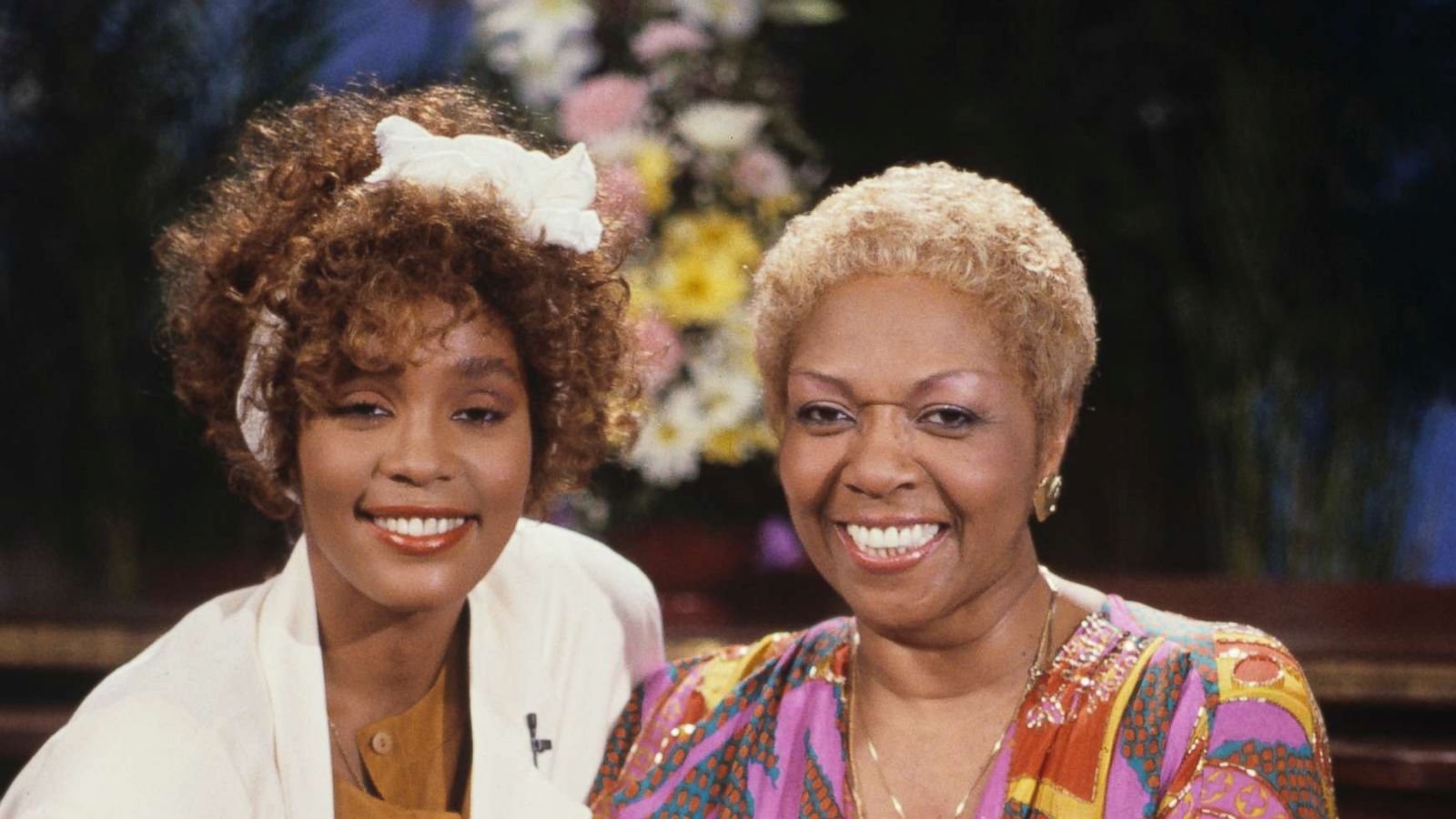 Whitney Houston S Mother Cissy Houston Felt Horror After Learning Singer Was Allegedly Molested As A Child Gma