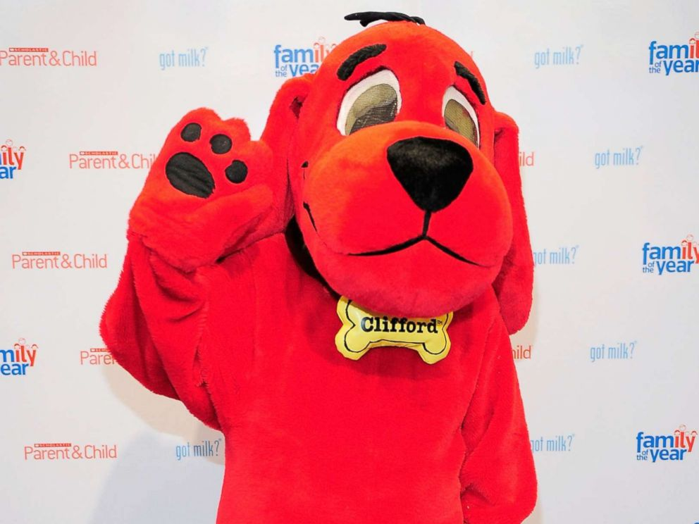PHOTO: Cartoon personality Clifford the Big Red Dog poses for photos before at the Scholastic Parent & Childs Family of the Year event at Scholastic Flagship Store, May 25, 2010, in New York.