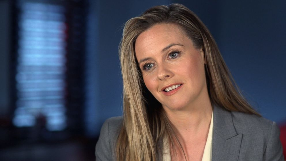 PHOTO: Alicia Silverstone, who stars in the TV show American Woman, recalls working on the movie Clueless.