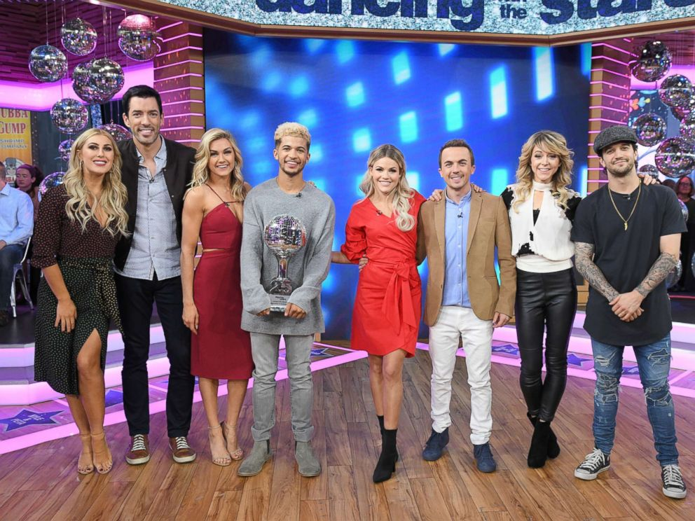 PHOTO: The DWTS season 25 finalists smile for the camera at GMA, on Nov. 22,107.