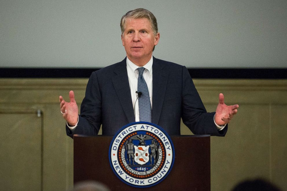 PHOTO: Manhattan District Attorney Cyrus Vance, Jr. speaks at global cyber security symposium at the Federal Reserve Bank of New York, Nov. 18, 2015 in New York City.
