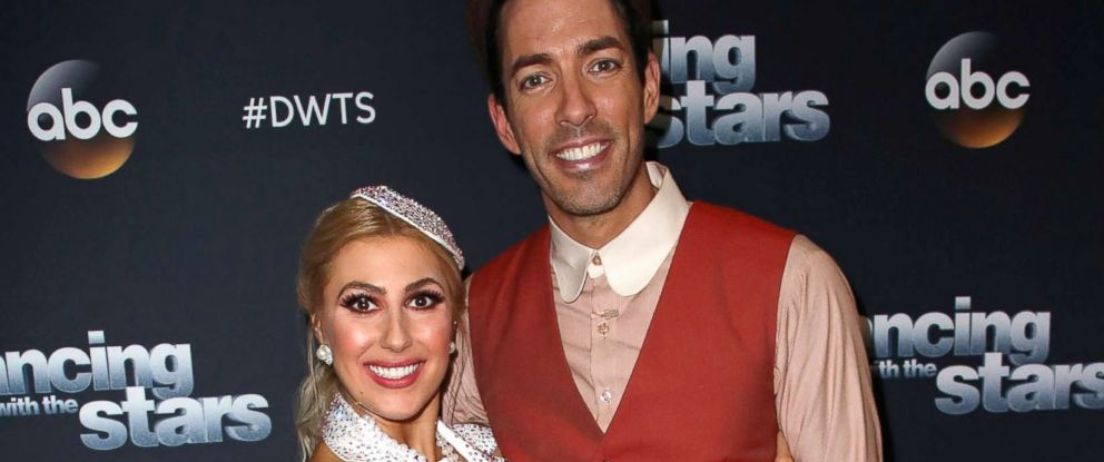 PHOTO: Dancer Emma Slater and TV personality Drew Scott at CBS Televison City, Nov. 20, 2017, in Los Angeles.