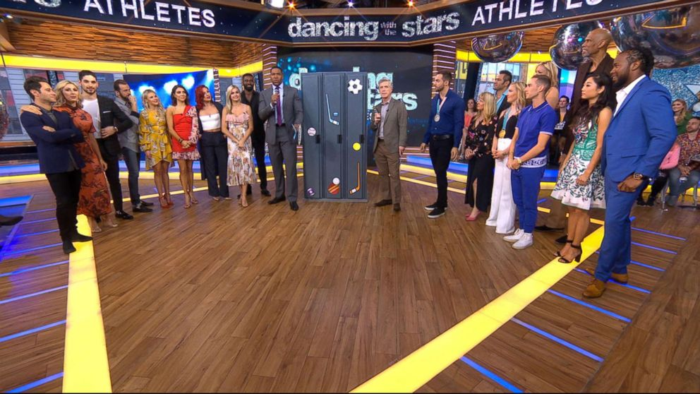 Dancing-with-the-stars2-abc-ml-180413_hpmain_16x9_992