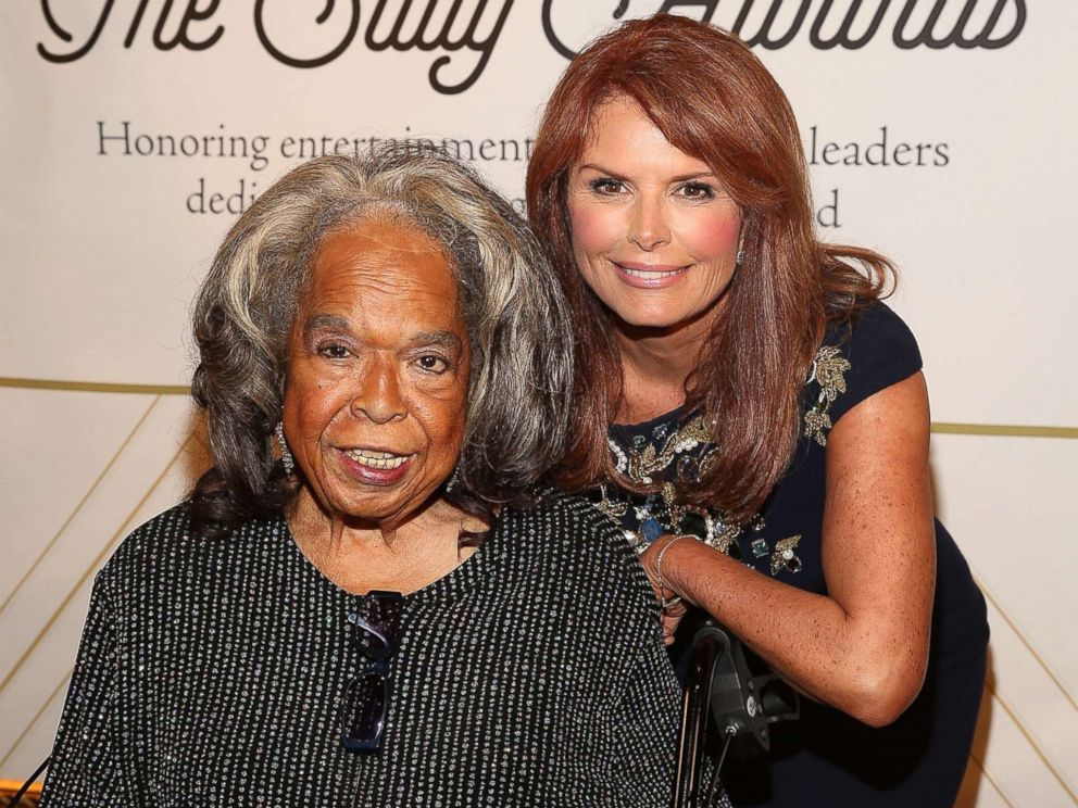PHOTO: Singer Della Reese (L) and actress Roma Downey attend The Salvation Army Sally Awards at the J.W. Marriot at L.A. Live, Oct. 1, 2015 in Los Angeles.