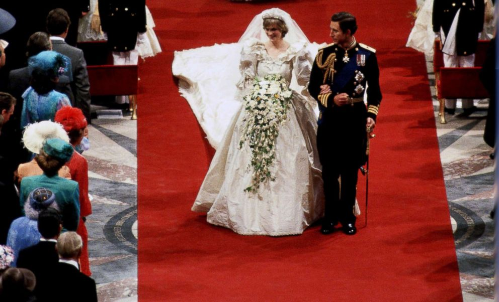 PHOTO: Diana, Princess of Wales and Prince Charles, Prince of Wales on their wedding day at St Pauls Cathedral, July 29, 1981.