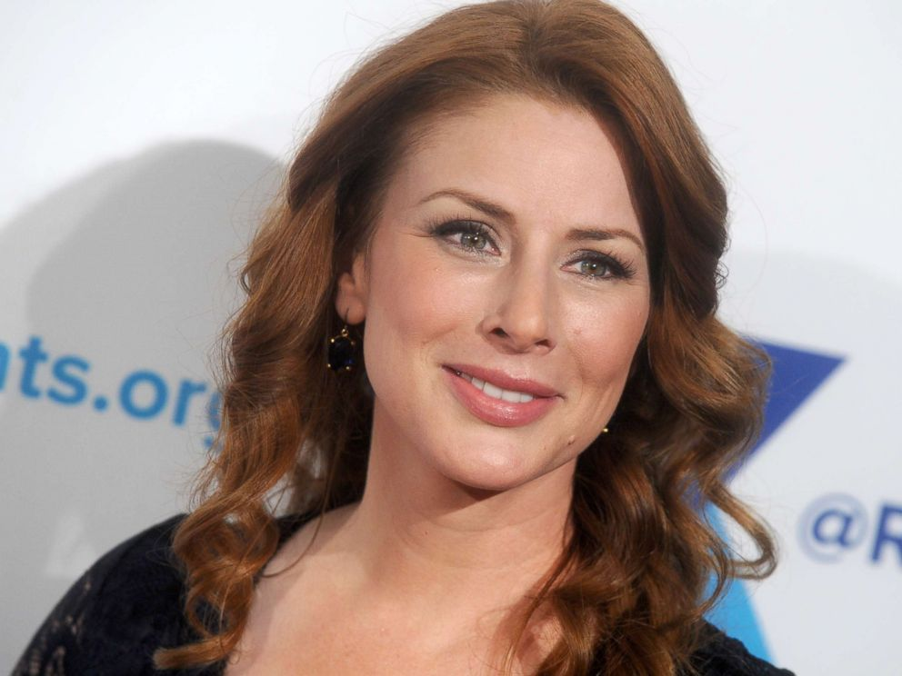 PHOTO: Actress Diane Neal attends an event at the New York Hilton on Dec. 8, 2015, in New York.