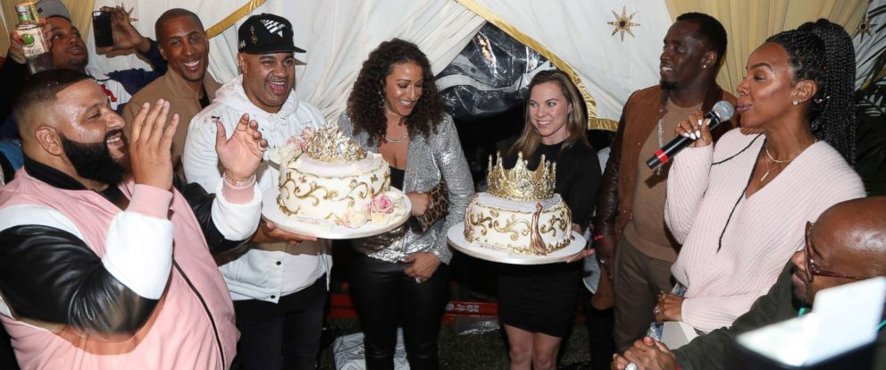PHOTO: Kelly Rowland (R) sings Happy Birthday to DJ Khaled (L) during The Four cast Sean Diddy Combs, Fergie, and Meghan Trainor Host DJ Khaleds Birthday, Dec. 2, 2017 in Beverly Hills, Calif.