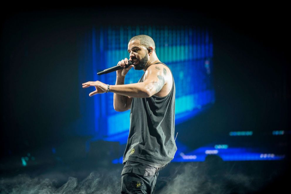 PHOTO: Drake performs at The SSE Hydro, March 23, 2017, in Glasgow, England.