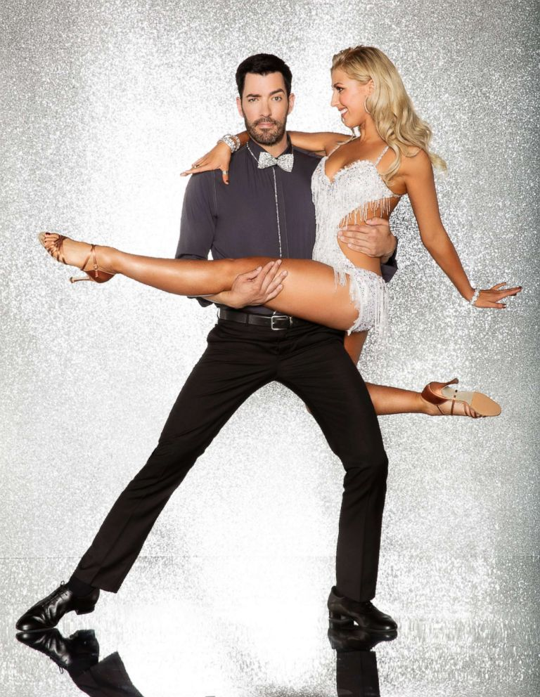 PHOTO: Drew Scott and pro dancer Emma Slater will compete for the mirror ball title on the new season Dancing With The Stars.