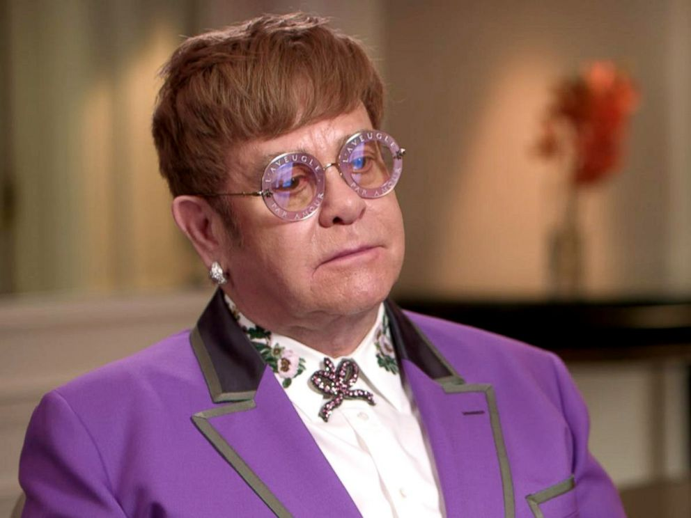 PHOTO: Sir Elton John discusses his announcement that he will retire from touring in an interview with ABC News Robin Roberts.