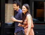 """PHOTO: Co-stars Katie Holmes and Luke Kirby head out for dinner after filming their upcoming movie """"Mania Days"""" in New York, May 21, 2013."""