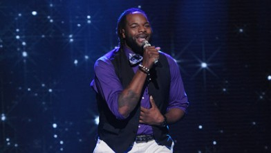 PHOTO: Jermaine Jones performs in front of the Judges on AMERICAN IDOL on February 28, 2012.