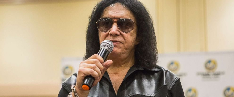 PHOTO: Musician Gene Simmons during the Wizard World Chicago Comic-Con at Donald E. Stephens Convention Center, Aug. 26, 2017 in Rosemont, Ill.