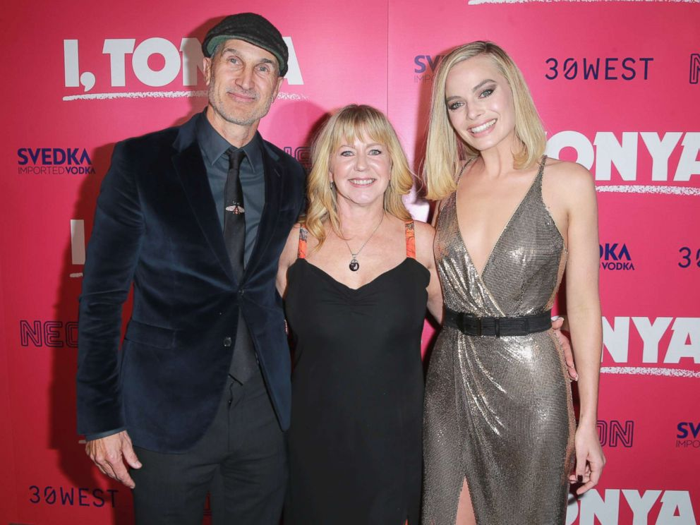 PHOTO: Craig Gillespie, Tonya Harding and Margot Robbie attend Premiere Of Neons I, Tonya at the Egyptian Theatre, Dec. 5, 2017, in Hollywood, Calif.