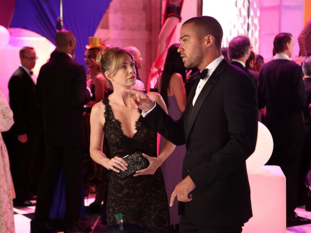 PHOTO: Ellen Pompeo and Jesse WIlliams from the episode Puttin on the Ritz of Greys Anatomy, which aired Oct. 10, 2013 on the ABC Television Network.