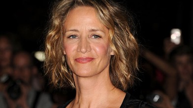 """PHOTO: Actress Janet McTeer arrives at the premiere of """"Albert Nobbs"""" at Roy Thomson Hall during the 2011 Toronto International Film Festival, Sept. 11, 2011 in Toronto, Canada."""
