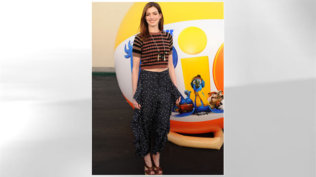 """PHOTO: Anne Hathaway attends 20th Century Fox press day For """"RIO"""" at Zanuck Theater at 20th Century Fox Lot, Jan. 28, 2011 in Los Angeles, California."""