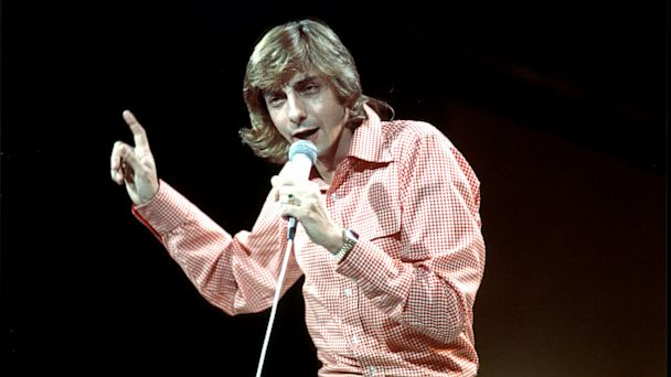 PHOTO: Photo of Barry Manilow circa 1965.